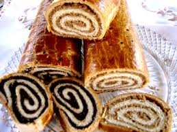 Glutén és cukormentes tekercs (anno bejgli ) 500 gr diós / mákos / gesztenyés / szilvás